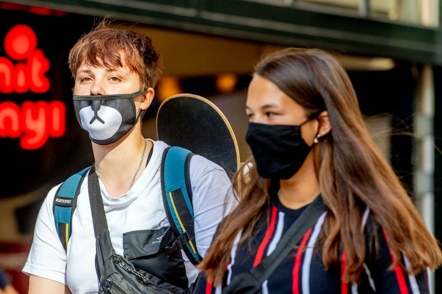 Children over 12 should now also wear face masks, WHO advises