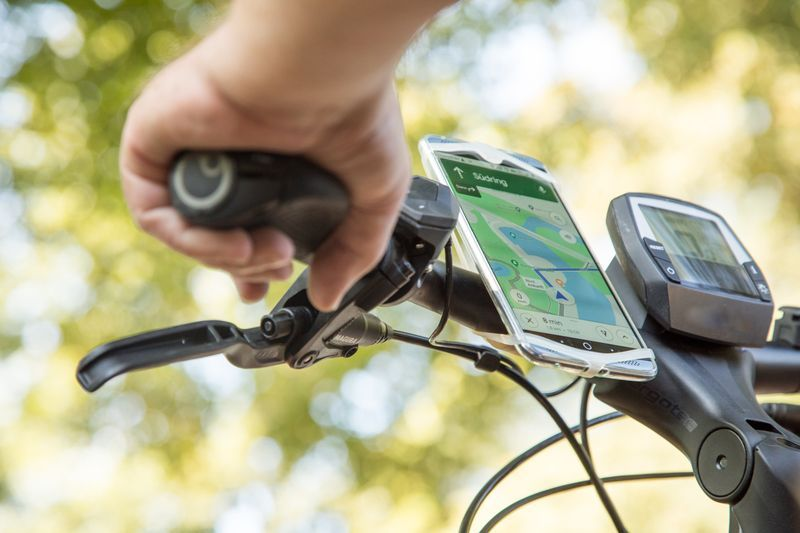 Your new navigator is your old phone: Easy mapping for bikes and cars