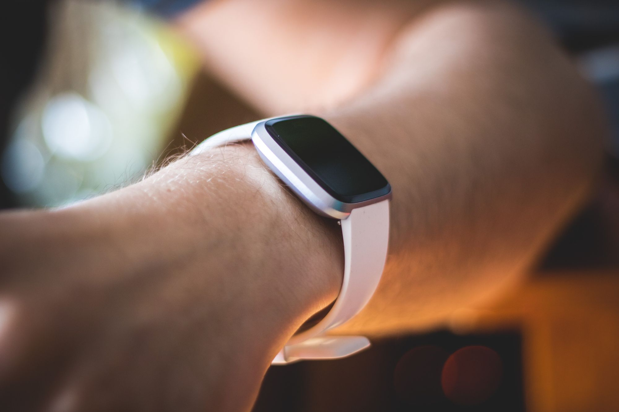 Fitbit Sense review: Basic smartwatch, robust health tracker