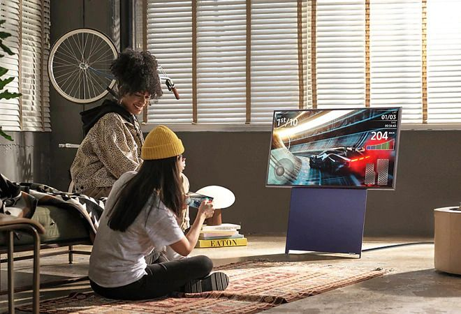 Samsung launches 'The Sero' - a rotating TV