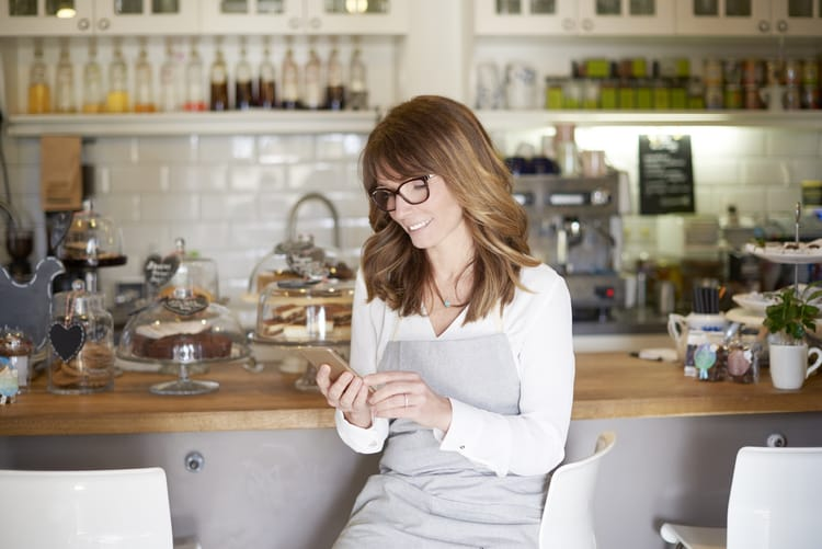 How Two-Way Texting Can Help Businesses Communicate More Effectively With Customers