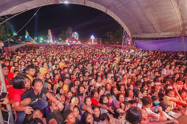 Concert organiser charged over packed, maskless audience