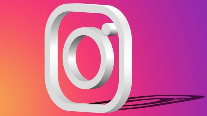 Instagram could start taking money from users for adding links to posts' captions
