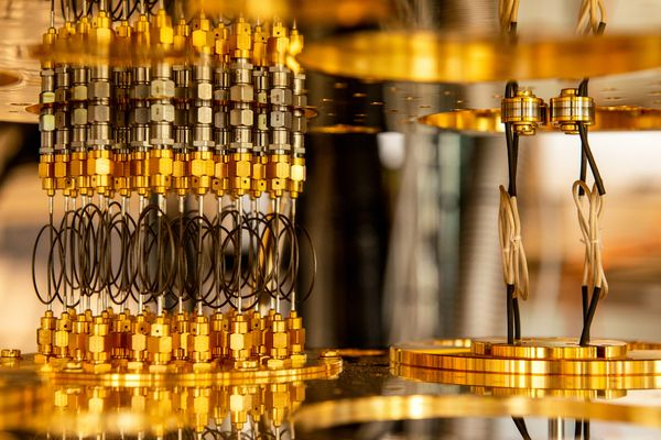 What is quantum computing? Solutions to impossible problems