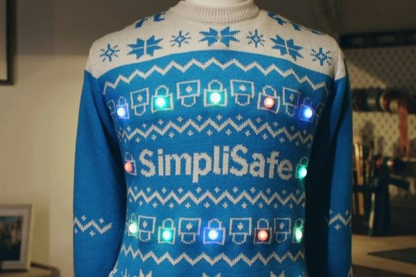 Covid-19 Christmas sweater that ensures social distancing – it flashes and sounds alarm when people get too close